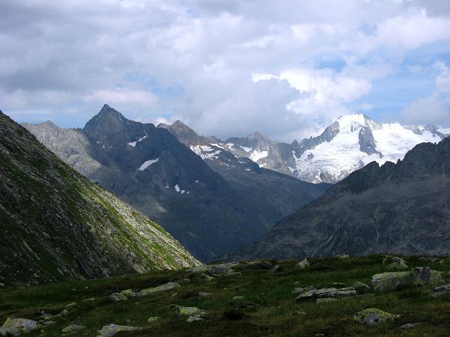 Foto: Andreas Koller / Wandertour / Schrammacher (3411 m) / Zsigmondyspitze (3089 m) und Großer Möseler (3480 m) / 03.07.2007 13:32:00