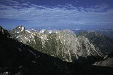 Foto: Tirol Werbung / Wander Tour / Adlerweg Etappe A23 - Auf schwindelnden Höhen / 26.07.2007 10:12:46