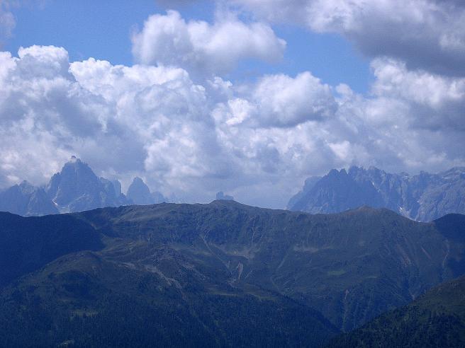Foto: Andreas Koller / Wander Tour / Durch das Arntal auf die Weiße Spitze (2963 m) / Die Sextener Dolomiten / 10.07.2007 17:52:57