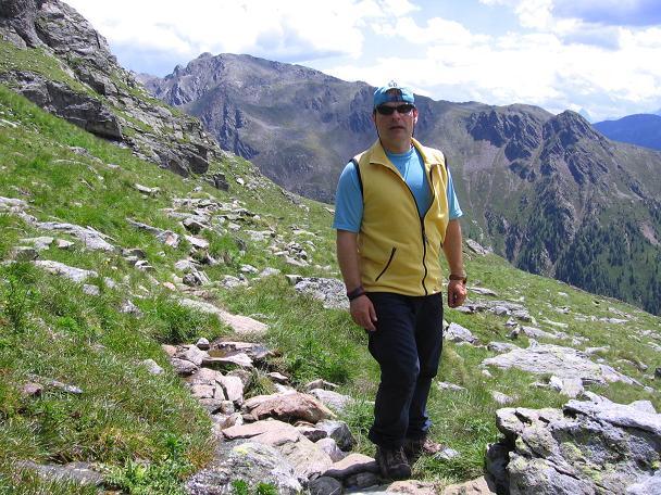 Foto: Andreas Koller / Wander Tour / Durch das Arntal auf die Weiße Spitze (2963 m) / Rast im oberen Kar / 10.07.2007 17:41:25