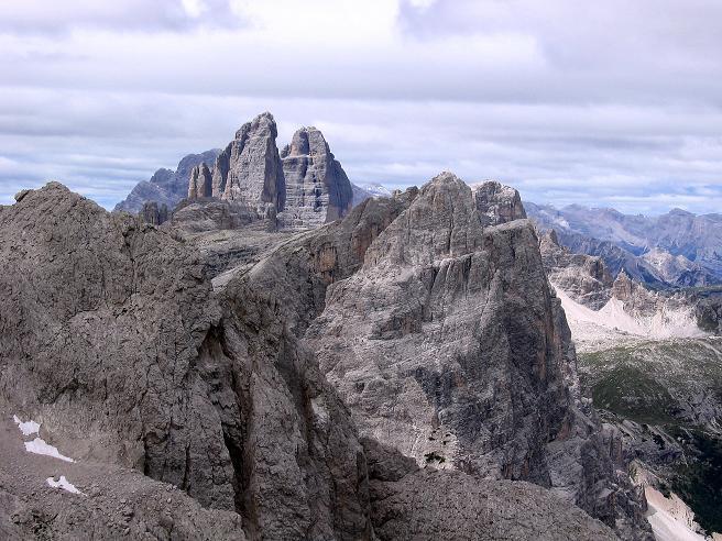 Foto: Andreas Koller / Klettersteig Tour / Rotwand-Klettersteig - Via ferrata Croda Rossa (2939 m) / Blick auf die Drei Zinnen (2999 m) / 10.07.2007 18:46:20