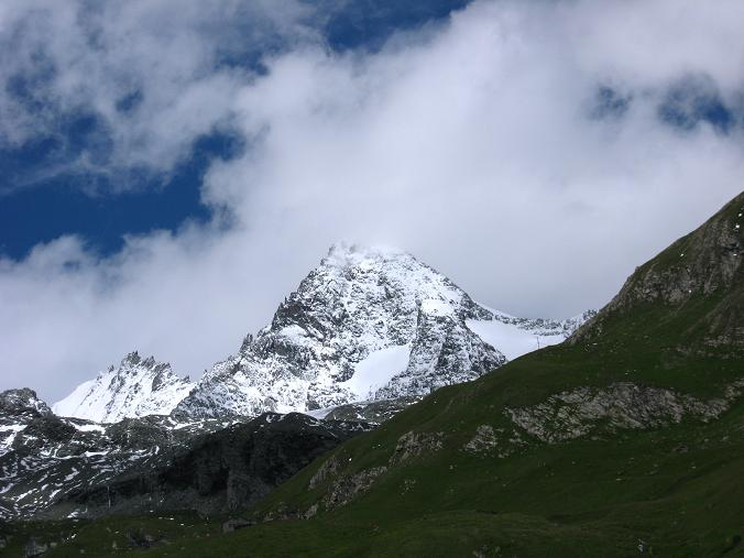 Foto: Andreas Koller / Wander Tour / Über zwei große Keese auf den Romariswandkopf (3511 m) / Großglockner (3798 m) und Glocknerwand (3721 m)  / 10.07.2007 22:18:00