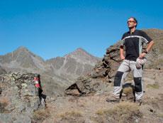 Foto: Tirol Werbung / Wander Tour / Adlerweg Etappe 37 - Die Aussicht genießen / Kreuzjöchl / 26.07.2007 12:31:57
