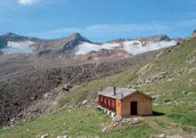Foto: Tirol Werbung / Wander Tour / Adlerweg Etappe 52 - Am Fuße von Dreitausendern / Vernagthütte / 26.07.2007 13:49:35