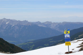 Foto: Tirol Werbung / Mountainbike Tour / Bike Trail Tirol Etappe Lanersbach – Geiseljoch - Weerberg / Geiseljoch / 23.07.2007 08:11:51
