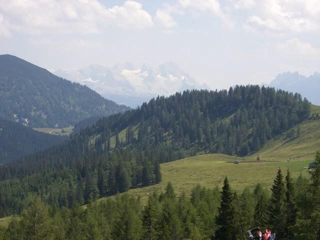Foto: Jürgen Lindlbauer / Mountainbike Tour / Von der Postalm über die Thurnaualm nach Voglau und weiter auf die Pitscherbergalm / Herrliches Panorama von der Pitscherbergalm / 29.07.2007 13:09:35