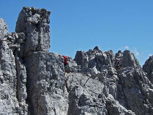 Foto: kro.potkin / Kletter Tour / Kumpfkarspitze - Kemacher Nordgrat IV- / Die Widderzähne. / 22.07.2007 23:19:47