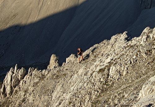 Foto: kro.potkin / Kletter Tour / Kumpfkarspitze - Kemacher Nordgrat IV- / Durch brüchigen Schotter zum Gipfel des Kemacher. / 22.07.2007 23:22:59