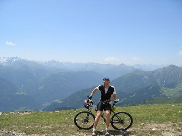 Foto: Jürgen Lindlbauer / Mountainbiketour / Große Schönjöchltour (2493m) über Kölner Haus / Am Schönjöchl 2493m / 29.07.2007 14:35:42
