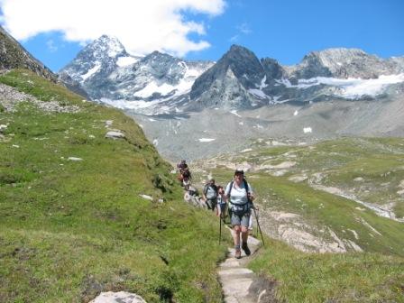 Foto: dobratsch11 / Wander Tour / Hütten Trekking in der Schobergruppe / Am Weg von der Salm Hütte zur Glorer Hütte / 05.08.2007 18:24:46