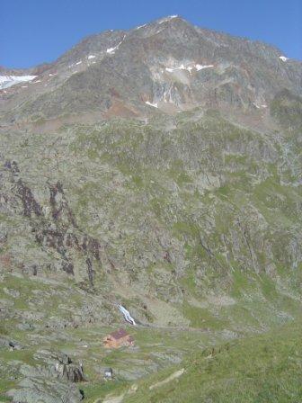 Foto: dobratsch11 / Wander Tour / Hütten Trekking in der Schobergruppe / Elberfelder Hütte mit dem Roten Knopf / 05.08.2007 18:34:21