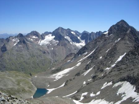 Foto: dobratsch11 / Wander Tour / Hütten Trekking in der Schobergruppe / der Rote Knopf / 05.08.2007 18:31:44