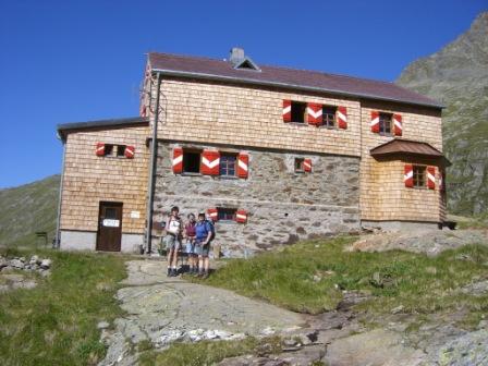 Foto: dobratsch11 / Wander Tour / Hütten Trekking in der Schobergruppe / die Elberfelder Hütte / 05.08.2007 18:33:21