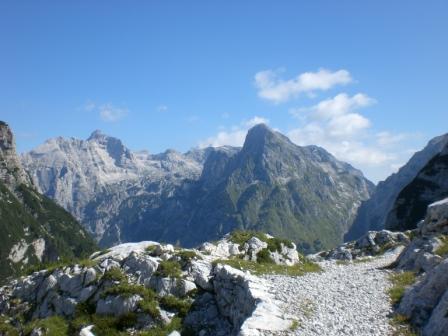 Foto: dobratsch11 / Wander Tour / Veliko Spicje / der bovski Gamsovec und der Razor / 05.08.2007 20:12:09