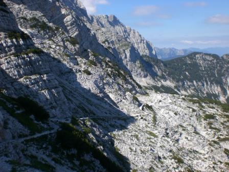 Foto: dobratsch11 / Wander Tour / Veliko Spicje / der Kriegssteig zur Prehodavci Hütte / 05.08.2007 20:10:16