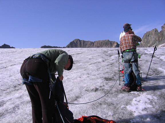 Foto: Andreas Koller / Wander Tour / Von der Franz Senn Hütte in die Wildgratscharte (3170 m) / Anstieg über den Alpeiner Ferner / 08.08.2007 13:48:04