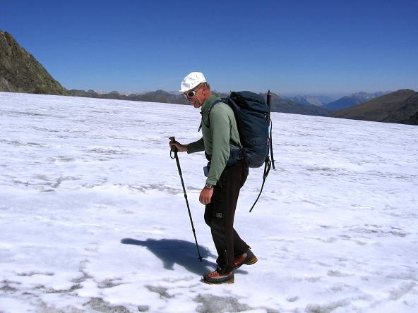 Foto: Andreas Koller / Wander Tour / Über zwei Gletscher auf den Lisenser Fernerkogel (3298 m) / Am Lisenser Ferner / 08.08.2007 14:15:24