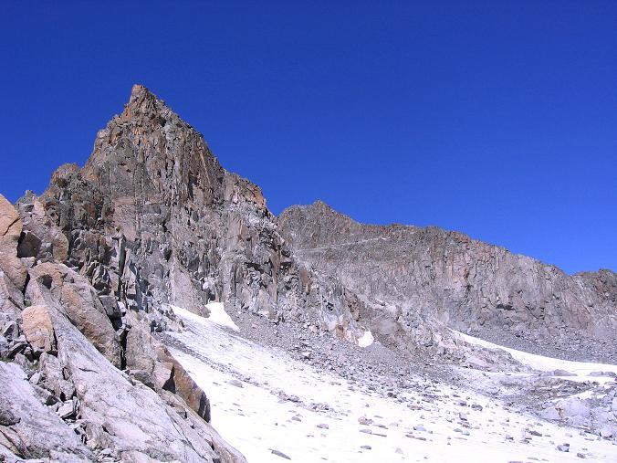 Foto: Andreas Koller / Wander Tour / Über zwei Gletscher auf den Lisenser Fernerkogel (3298 m) / Der Rotgratferner / 08.08.2007 14:14:37