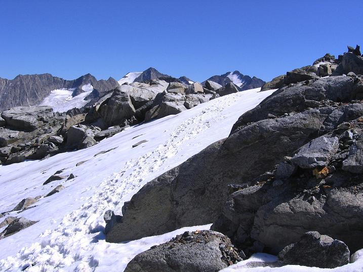 Foto: Andreas Koller / Wander Tour / Über zwei Gletscher auf den Lisenser Fernerkogel (3298 m) / Die Route zurück zur Plattigen Wand / 08.08.2007 14:10:36