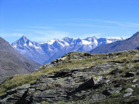 Foto: Andreas Koller / Klettersteig Tour / Klettersteig Mittaghorn (3144m) / Im N grüßen die Berner Alpen / 09.08.2007 10:29:36