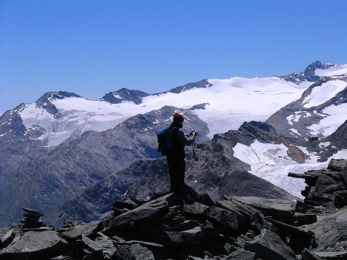 Foto: Andreas Koller / Klettersteig Tour / Klettersteig Mittaghorn (3144m) / Am Mittaghorn-Gipfel mit Blick nach S / 09.08.2007 10:11:05