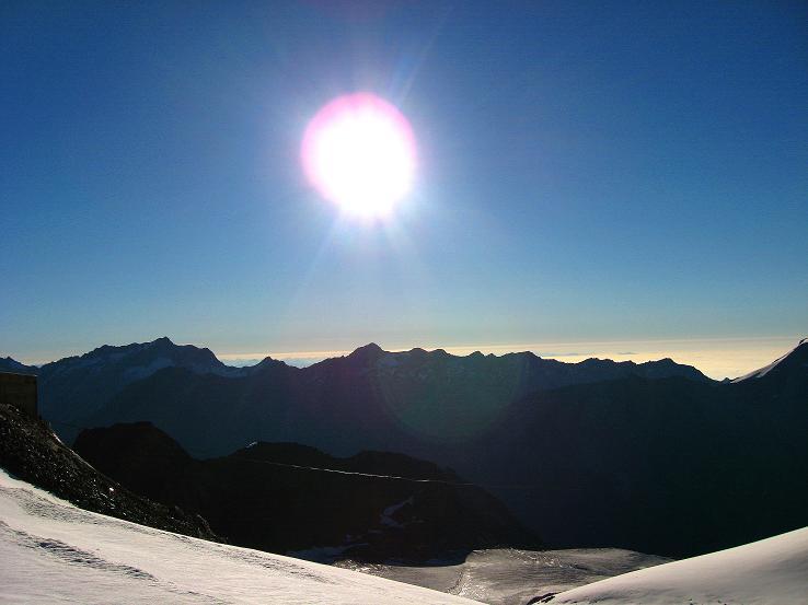 Foto: Andreas Koller / Wander Tour / Alphubel - Überschreitung (4206 m) / Blick nach S  / 09.08.2007 15:49:33