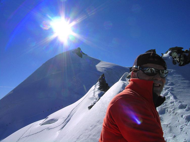 Foto: Andreas Koller / Wander Tour / Alphubel - Überschreitung (4206 m) / Am SW-Grat des Feekopfs gegen Allalinhorn (4027 m) / 09.08.2007 15:48:13