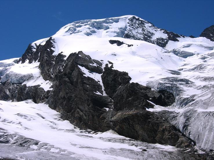 Foto: Andreas Koller / Wander Tour / Alphubel - Überschreitung (4206 m) / Letzter Blick auf den Alphubel von der Längflue / 09.08.2007 15:35:30