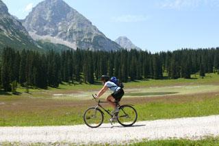 Foto: Tirol Werbung / Mountainbike Tour / Bike Trail Tirol Etappe Ehrwald - Scharnitz / 14.08.2007 08:28:18