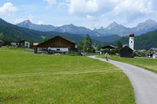 Foto: Tirol Werbung / Mountainbike Tour / Bike Trail Tirol Etappe Reutte - Ehrwald / 14.08.2007 09:19:54