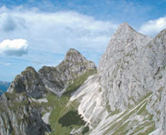 Foto: Tirol Werbung / Wander Tour / Adlerweg Etappe 59 - Dem Alpenvorland ganz nah / 13.08.2007 15:08:06