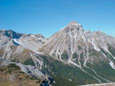 Foto: Tirol Werbung / Wandertour / Adlerweg Etappe 70 - Im Reich von König Serles / Serles / 13.08.2007 15:29:37