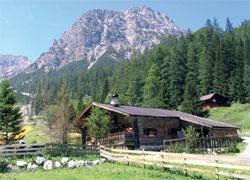 Foto: Tirol Werbung / Wander Tour / Adlerweg Etappe 74 - Von Bären und Wölfen / 13.08.2007 15:53:43