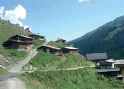 Foto: Tirol Werbung / Wander Tour / Adlerweg Etappe 77 - Grüne Hänge, Gletscherberge / 13.08.2007 16:00:52