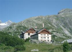 Foto: Tirol Werbung / Wander Tour / Adlerweg Etappe 80 - Bergsteigen mit Stil / 13.08.2007 16:10:52