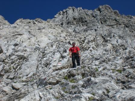 Foto: dobratsch11 / Klettersteig Tour / Weg der 26er / beim Abstieg auf der Südseite / 16.08.2007 21:28:46