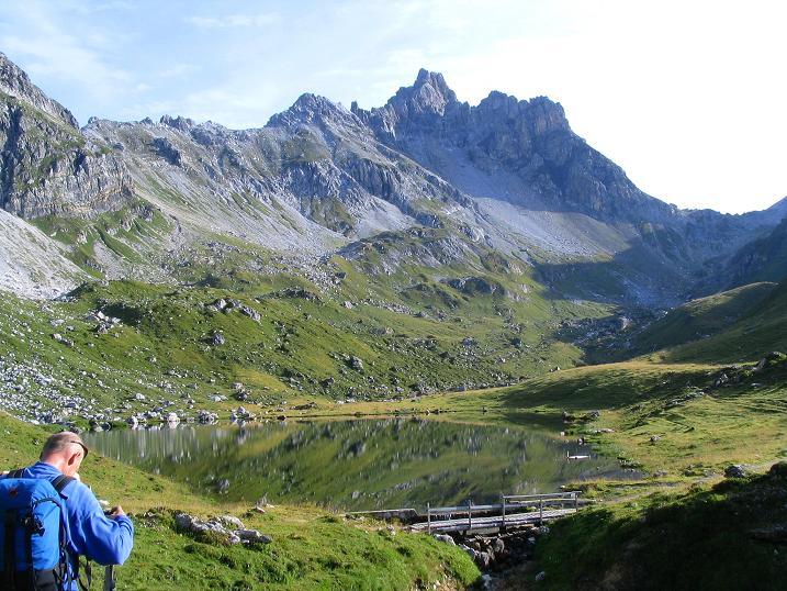 Foto: Andreas Koller / Wander Tour / Über die Franz Fischer Hütte auf den Faulkogel (2654 m) / Zaunersee und Faulkogel / 17.08.2007 11:08:14