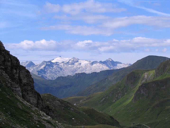 Foto: Andreas Koller / Wander Tour / Über die Franz Fischer Hütte auf den Faulkogel (2654 m) / Blick nach S in die Ankogelgruppe / 17.08.2007 11:06:33