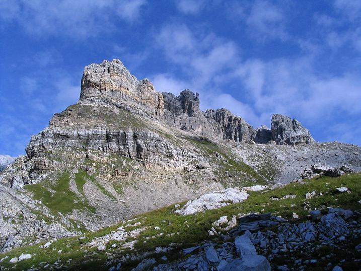 Foto: Andreas Koller / Wander Tour / Über die Franz Fischer Hütte auf den Faulkogel (2654 m) / Der Faulkogel von der Windischscharte / 17.08.2007 11:06:16