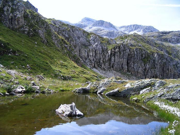 Foto: Andreas Koller / Wander Tour / Über die Franz Fischer Hütte auf den Faulkogel (2654 m) / Seenauge beim Neukarsee / 17.08.2007 11:03:47