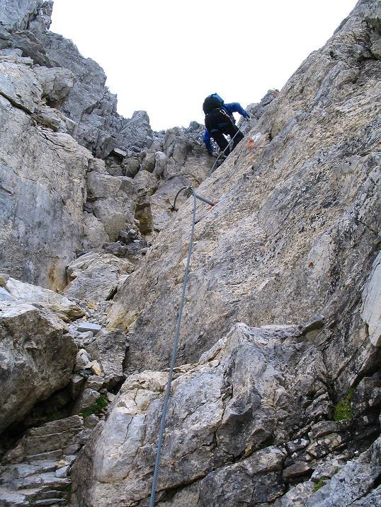 Foto: Andreas Koller / Wander Tour / Über die Franz Fischer Hütte auf den Faulkogel (2654 m) / Abstieg in der Rinne / 17.08.2007 10:57:33