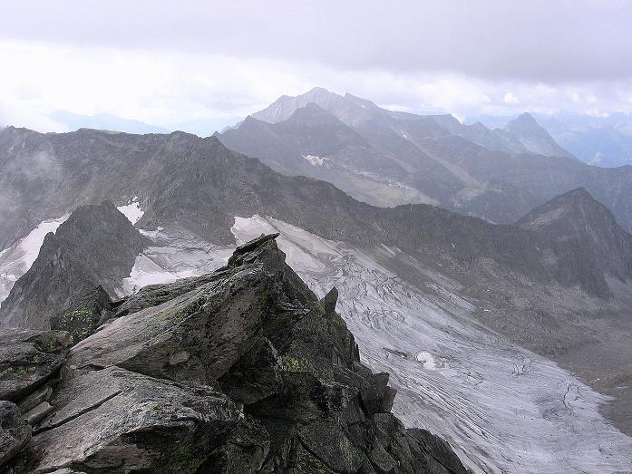 Foto: Andreas Koller / Wander Tour / Kombinierte Tour auf die Granatspitze (3086 m) / Blick nach S nach Osttirol / 17.08.2007 13:00:28