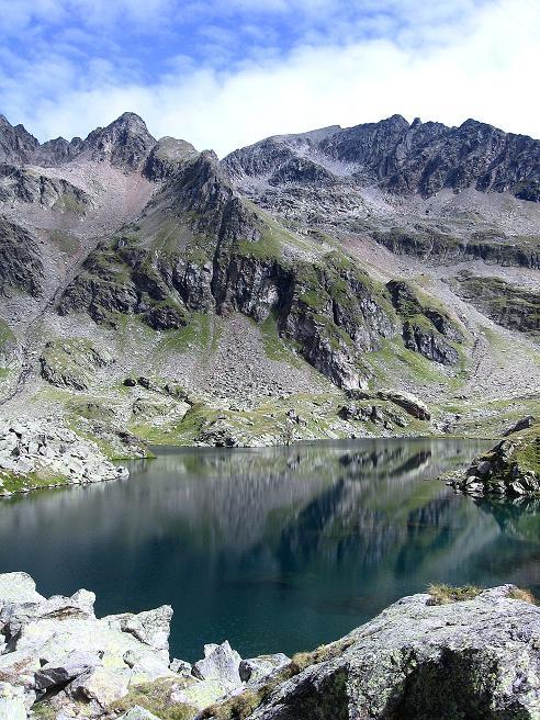 Foto: Andreas Koller / Wander Tour / Von Osttirol nach Kärnten auf den Kruckelkopf (3181 m)  / Wangenitzsee und Kruckelkopf / 18.08.2007 13:22:55