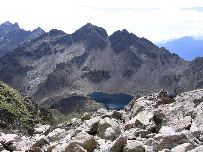 Foto: Andreas Koller / Wander Tour / Von Osttirol nach Kärnten auf den Kruckelkopf (3181 m)  / Blick von der Perschitzscharte nach SO / 18.08.2007 13:21:53
