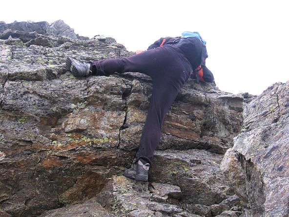 Foto: Andreas Koller / Wander Tour / Von Osttirol nach Kärnten auf den Kruckelkopf (3181 m)  / Leichte Kletterei am Gipfelgrat des Kruckelkopfes / 18.08.2007 13:15:36