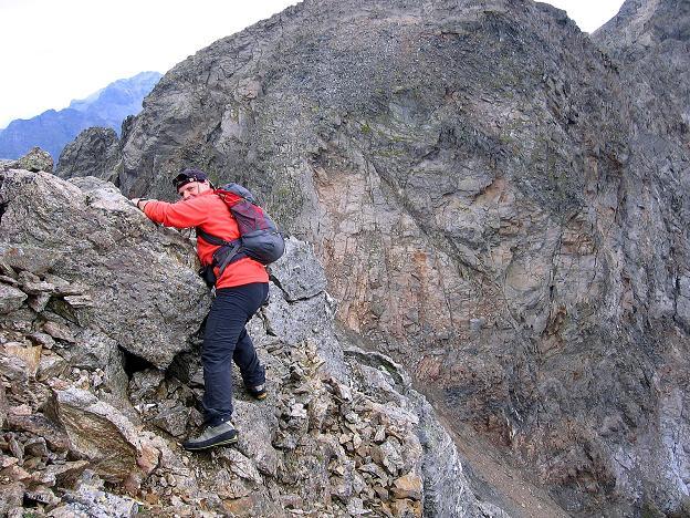 Foto: Andreas Koller / Wander Tour / Von Osttirol nach Kärnten auf den Kruckelkopf (3181 m)  / Die einzige ausgesetztere Passage am Gipfelgrat des Kruckelkopfes / 18.08.2007 13:15:14