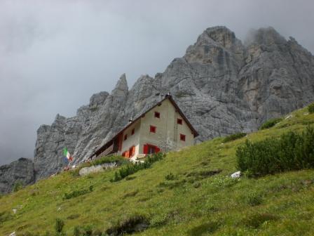 Foto: dobratsch11 / Klettersteig Tour / Über die Mosesscharte auf den Wischberg (Jòf Fuart) / die Corsi Hütte / 20.08.2007 21:19:55