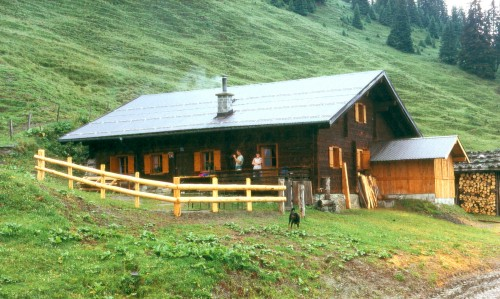 Foto: Kloiber Gabi / Wander Tour / Vorderkarseralm / Vorderkaseralm, 1.719 m / 23.08.2007 14:34:07