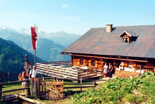 Foto: Kloiber Gabi / Wander Tour / Draugsteinalmen - Steinmannhütte & Schrambachhütte / Steinmannhütte, 1.778 m / 23.08.2007 14:43:01