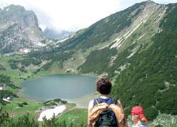 Foto: Tirol Werbung / Wander Tour / Adlerweg Etappe 89 - Wandern über Grün und Grau / 27.08.2007 08:54:12